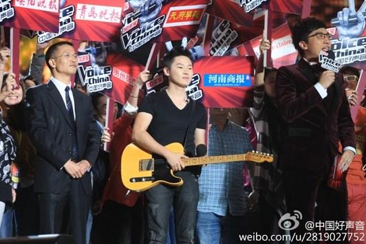 媒体团的高分让梁博夺冠图片来源:《中国好声音》官方微博