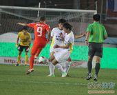 中超图:青岛1-0胜长春 封堵射门