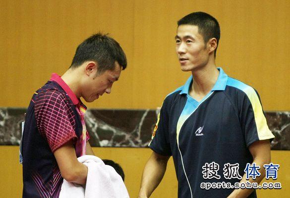 图文:2012乒乓球全锦赛赛况 新老领军