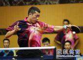 图文:2012乒乓球全锦赛赛况 正手发力