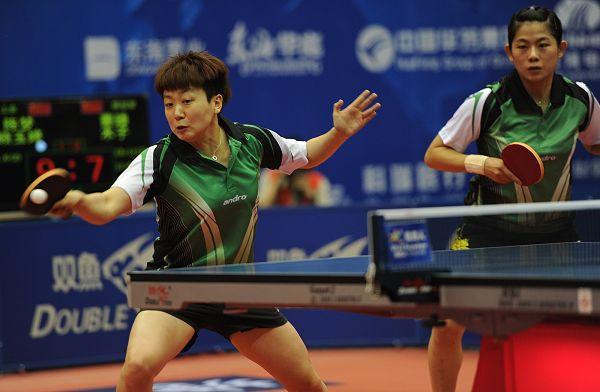 图文:2012乒乓球全锦赛决赛 木子对拉