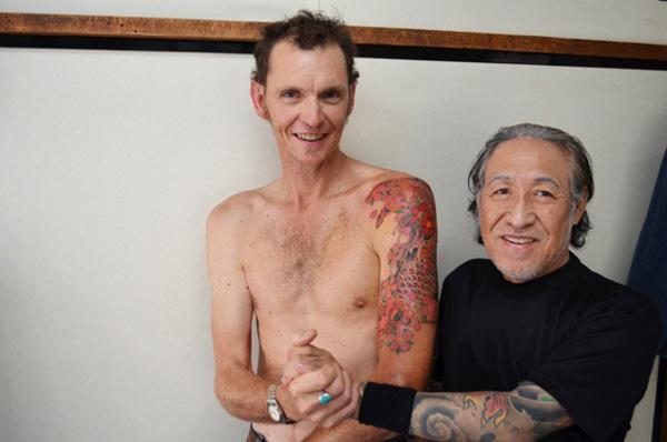 作者通体纹身(图) 盘点全球各地纹身大会 美艳模特秀艳丽纹身 北京798