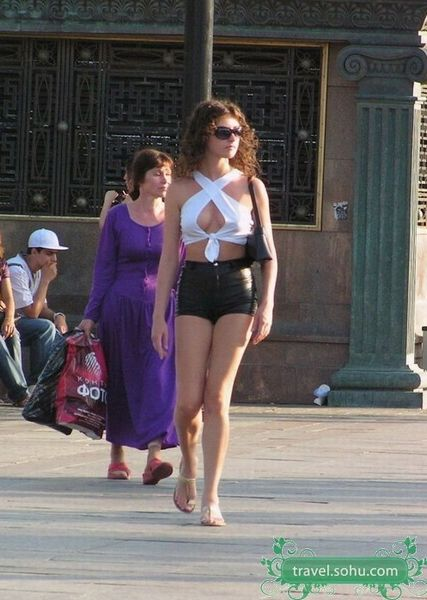 实拍俄罗斯街头:永远不缺美女的 搜狐旅游 竖