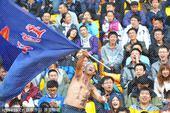 中超图:阿尔滨0-0申花 现场疯狂球迷