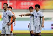 中超图:贵州1-1天津 李玮峰指挥防守