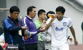 中超图:贵州1-1天津 球员喝水