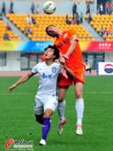 中超图:贵州1-1天津 高高跃起头球争顶
