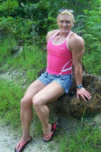 世界上 彪悍/欣赏完了世界上最彪悍的肌肉男,再来看一下世界上最彪悍的肌肉...