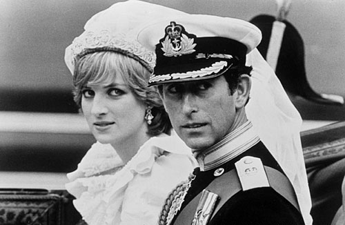昔日的辉煌:英国王妃戴安娜的世纪婚礼. -戴安娜王妃生前迷人照