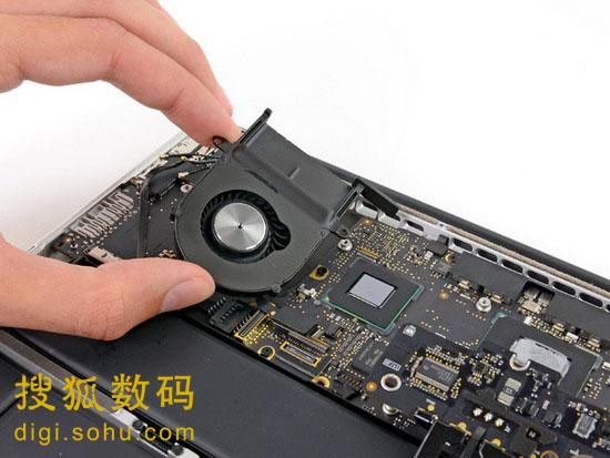 无法更换内存 拆解13寸Retina MacBook Pro