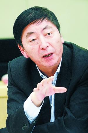 郑万河:中国第一店 十年闯三关