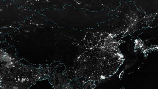中国 走红/热点四:卫星拍摄最新中国夜景图,学生在上晚自习?