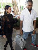 卡戴珊携男友迈阿密度假