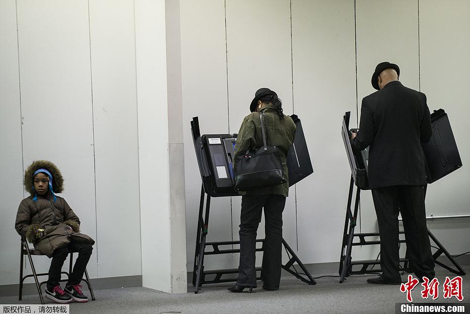 美国大选 俄亥俄州开始提前投票(组图)