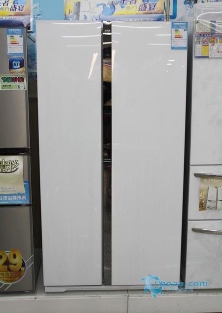 美菱BCD-560WPB冰箱整体外观