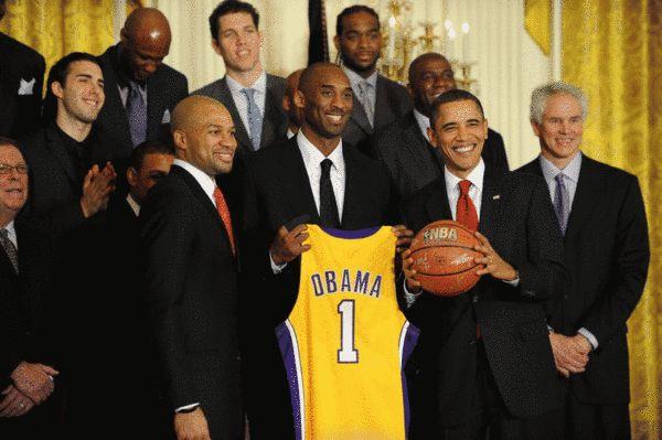 篮球 nba_搜狐 nba新闻    北京时间11月7日,美国总统奥巴马在美国大