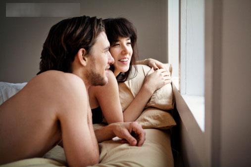 勾引和别人老公上床和别人老公上床后勾引老公上床