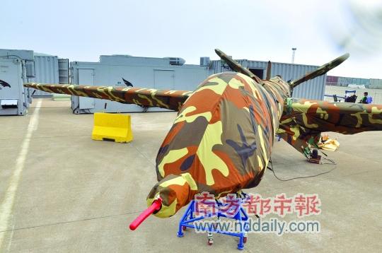 珠海航展上将要展出的翼龙无人飞机。南都记者陈坤荣摄