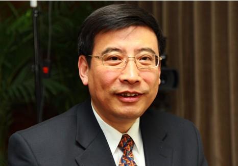 苗圩委员:以更大力ξ 度推动制造业高质量发展