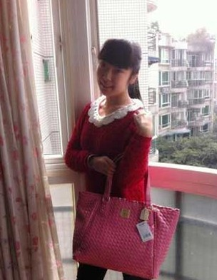 欧阳奋强/欧阳奋强女儿(图片来源:南唐遗少博客)...