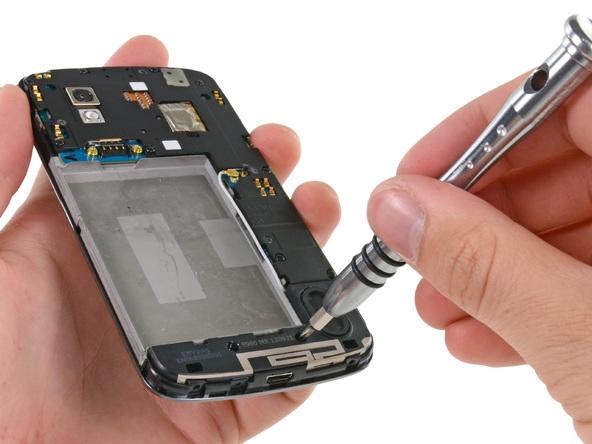 Google Nexus 4全程拆解:电池确实棘手