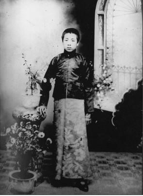 1912年,在沈阳东关模范学校读书时的周恩来(资料图)