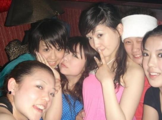 苏州小姐照片图片_业务员曝光KTV小姐陪酒照片 为生意请小姐(图)-搜狐苏州