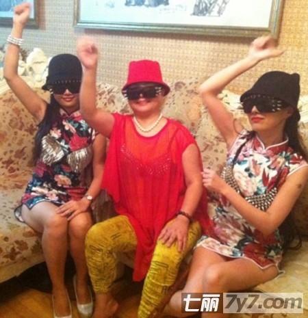干毛毛干露露版《江南style》爆红爆乳跳舞激性感泰国靓女视频挑逗图片