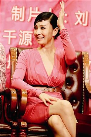 夫妻在哪看成人电影_昨日,现身电视剧《买房夫妻》北京发布会的小陶虹让我们再次领略了爱