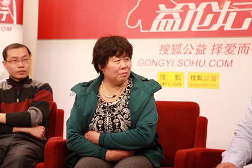 北京市西城区广安门内街道校场社区居委会主任、妇联主席 高红英