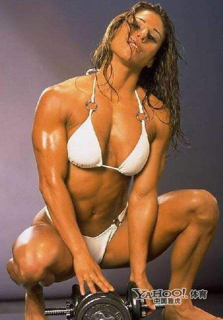 美女也爱秀肌肉组图 搜狐滚动 竖