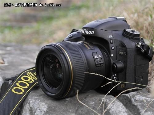 尼康D600