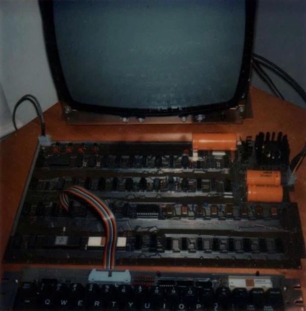 IT历史:首批50台Apple-1的老照片