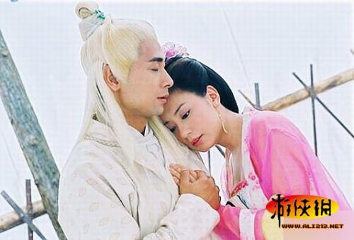张柏芝 吴文娟/《至尊红颜》中的贾静雯