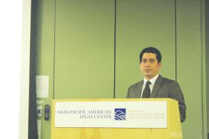 亚太法律中心的人口调查项目主任一之�|(Dan Ichinose)。(美国《侨报》/夏嘉 摄)