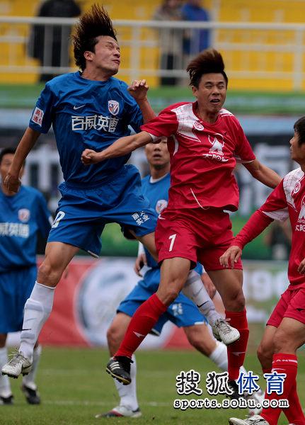 老甲A图片:上海4-3广州夺冠 谢晖争顶