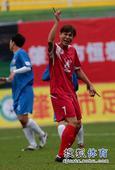 老甲A图片:上海4-3广州夺冠 表达不满