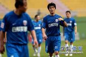 老甲A图片:上海4-3广州夺冠 朱琪走动