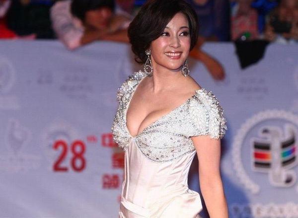 刘晓庆shigesaobi_刘晓庆
