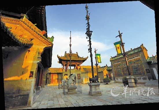 山陕会馆有别于传统古建平房四合院的建筑风格