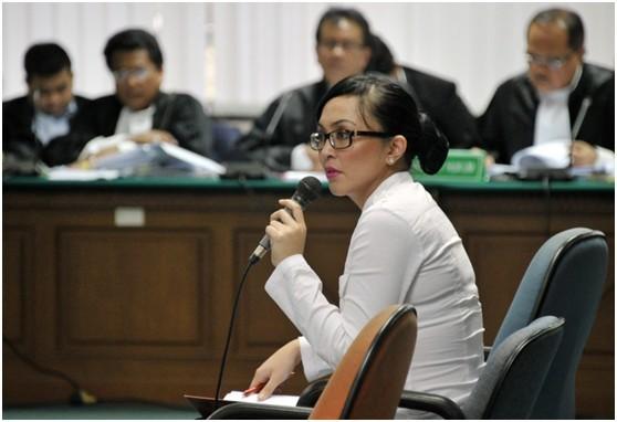 印尼 美容 议员/印尼国会议员安吉丽娜资料图