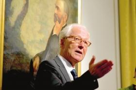 诺贝尔基金会执行董事纳斯。