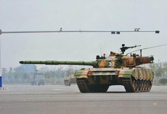 资料图:中国96式主战坦克。