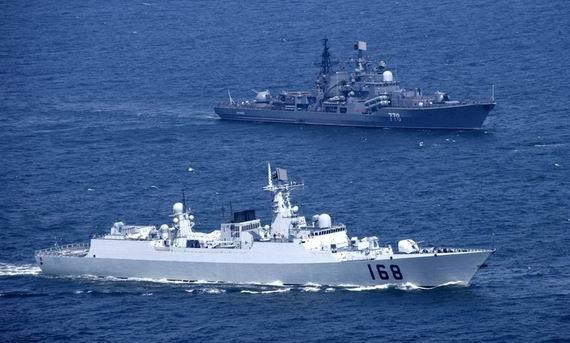 资料图:中俄海军演习。