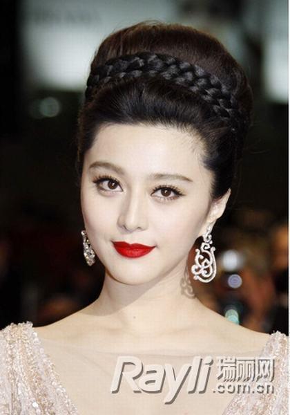 女王范冰冰 复古发型造绝世美丽[图](1)_时尚_光明网