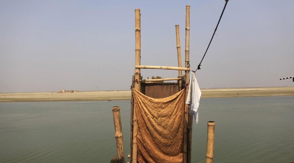 孟加拉国/当地时间2012年2月22日,孟加拉国弗里德布尔一间妓院内,12岁...
