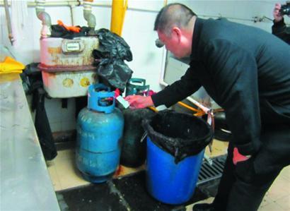 三合园钢瓶店液化气童鞋逼近并列供气居民楼杂款外贸布水饺图片