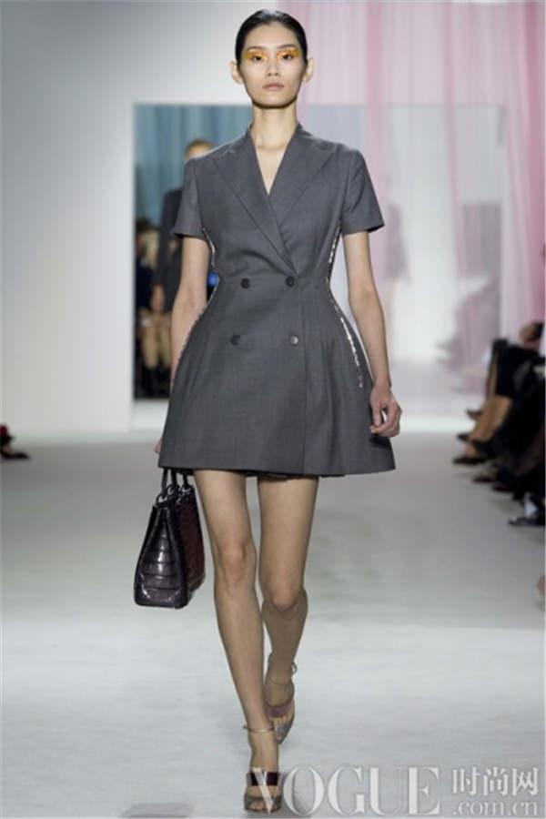 2012米兰时装周 范冰冰巴黎时装周 法国时装周 纽约时装周透明装 2012图片