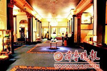 莫言所住宾馆内景。