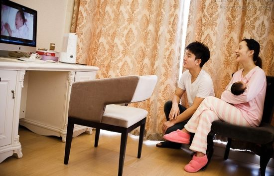 李小璐贾乃亮的家在_李小璐贾乃亮晒恩爱照 表达对女儿思念之情-搜狐娱乐